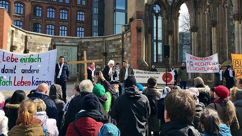 Spenden Für Flüchtlinge In Hamburg